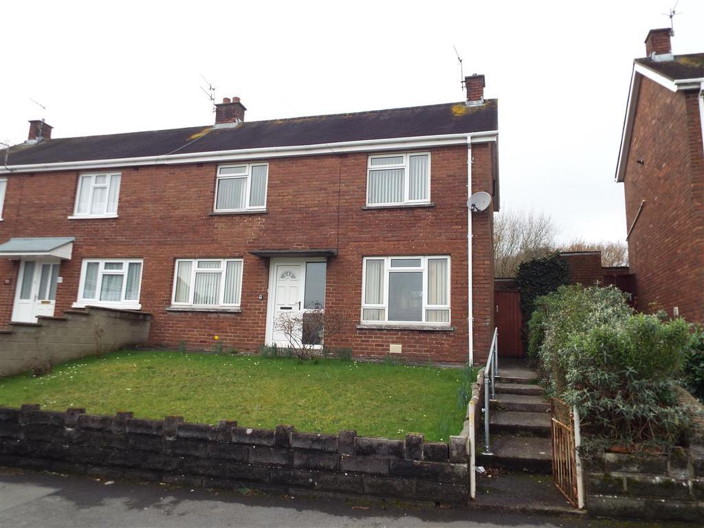 3 Bedrooms Semi Detached House for sale in Bryngwyn Bach, Llanelli
