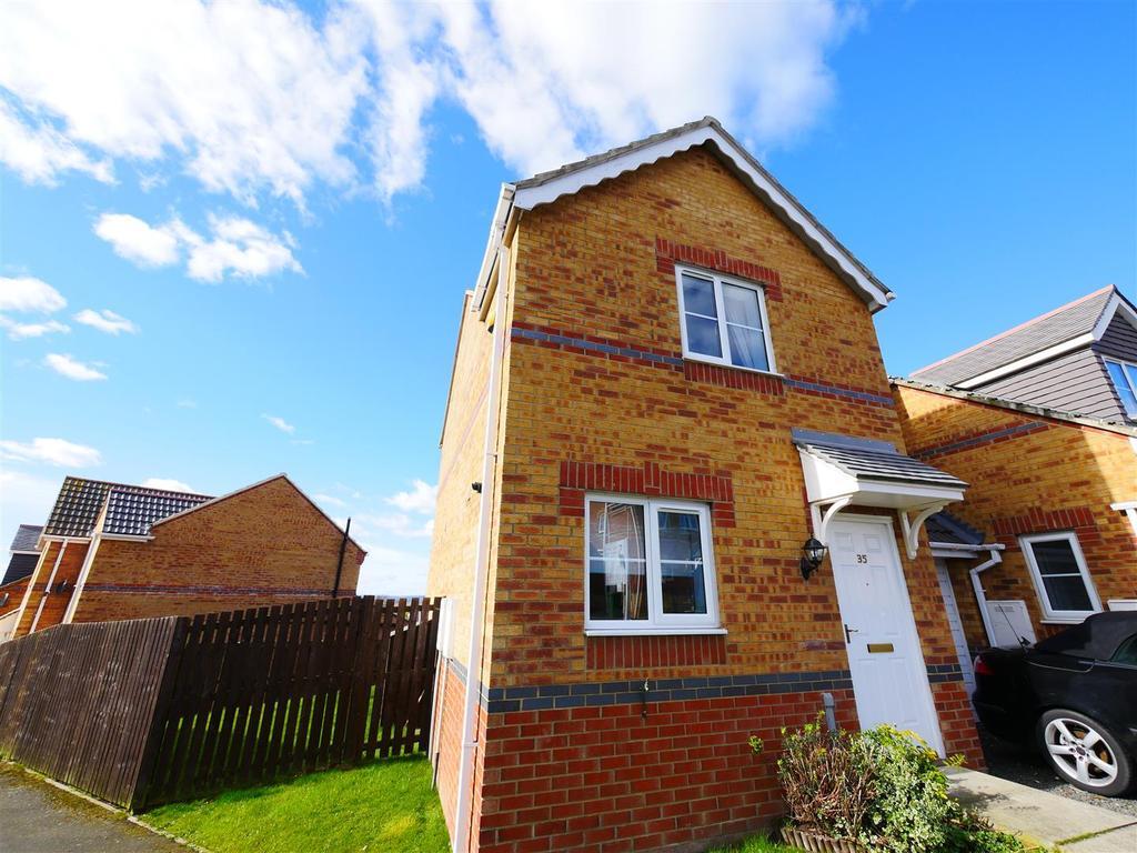 2 Bedrooms Semi Detached House for sale in Hevingham Close, Sunderland