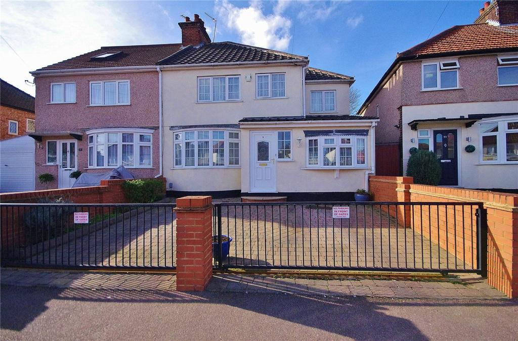 4 Bedrooms Semi Detached House for sale in Hazeltree Road, Watford, Hertfordshire, WD24