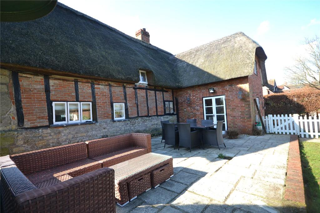 4 Bedrooms Detached House for sale in North Street, Fontmell Magna, Dorset, SP7