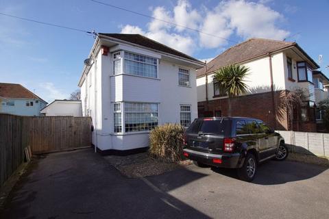 5 bedroom detached house for sale - Sandbanks Road, Whitecliff, Poole