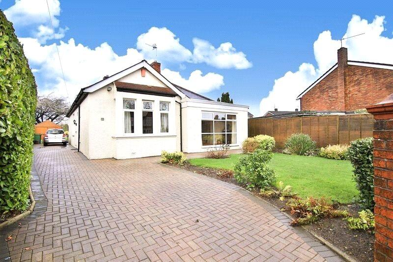 3 Bedrooms Detached Bungalow for sale in Llanedeyrn Road, Penylan, Cardiff, CF23