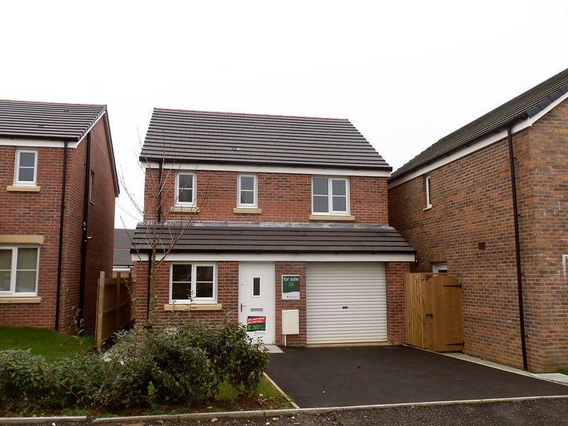 3 Bedrooms Detached House for sale in Cwrt Y Llwyfen, Off Llysonnen Road, Johnstown, Carmarthen, Carmarthenshire.