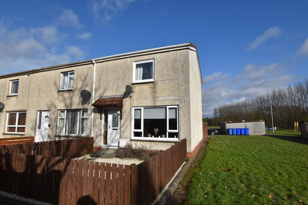 2 Bedrooms End Of Terrace House for sale in 65 Mossbank, Prestwick, KA9 1DT