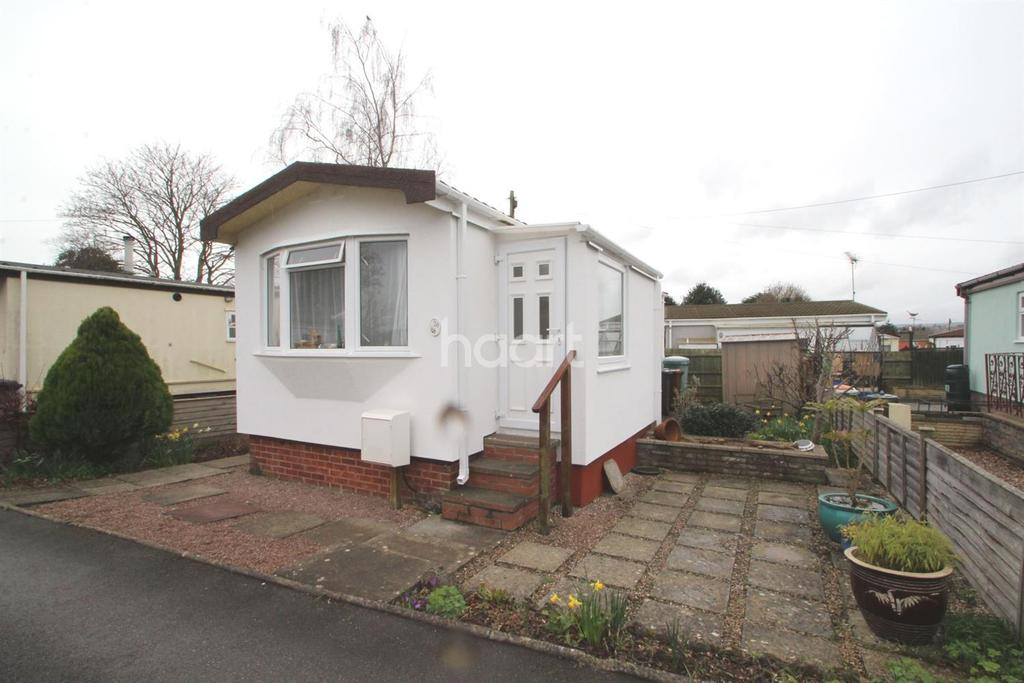 2 Bedrooms Bungalow for sale in Topsham