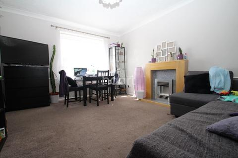 2 bedroom flat for sale - Albany Walk, Peterborough
