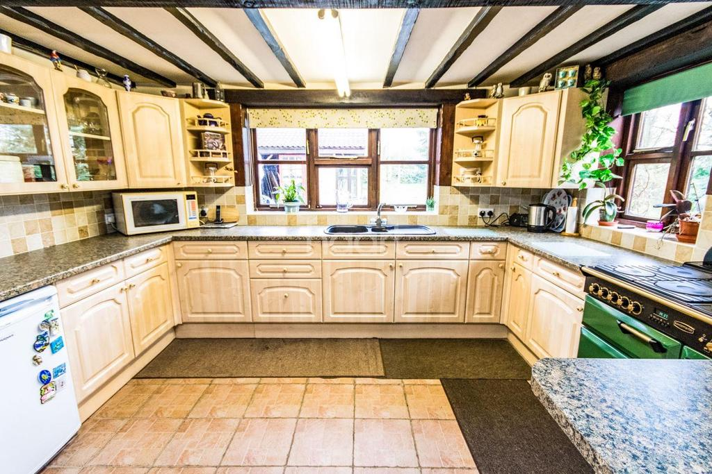 8 Bedrooms Detached House for sale in Wigsley Road, Thorney, NG23