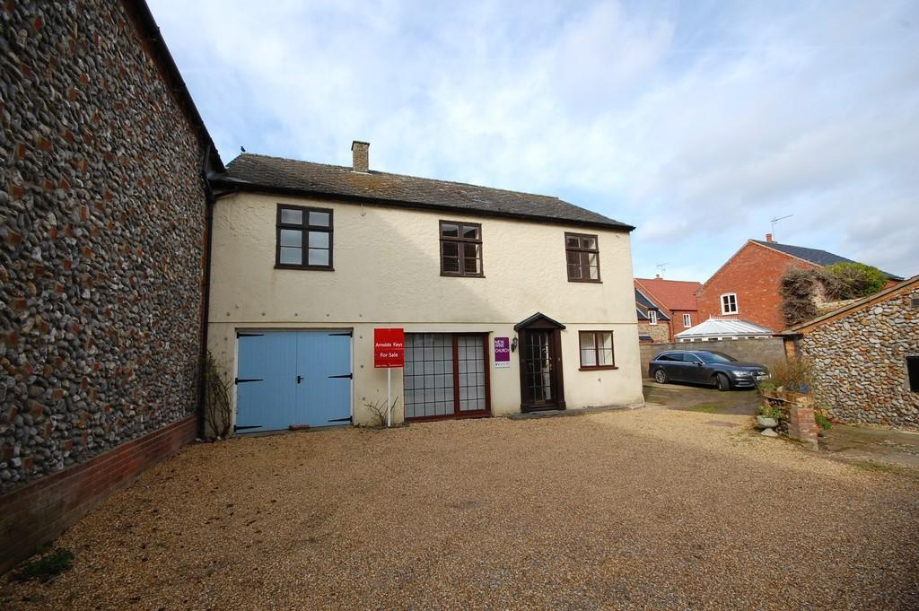 4 Bedrooms Semi Detached House for sale in Bull Street, Holt
