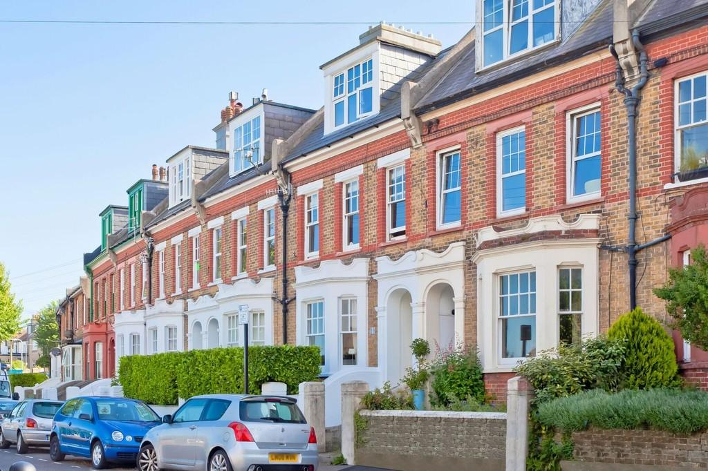 1 Bedroom Ground Flat for sale in Inwood Crescent, Brighton, BN1 5AP