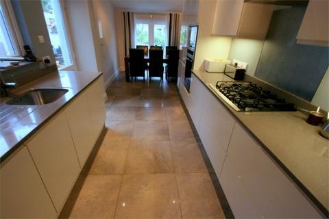 4 bedroom terraced house to rent - Beauley Road, Southville, Bristol, BS3