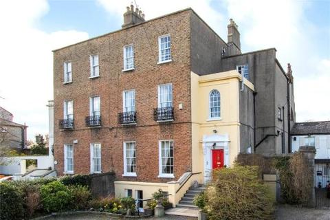 6 bedroom semi-detached house  - Seaview Terrace, Off Ailesbury Road, Dublin 4