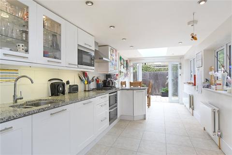 3 bedroom terraced house to rent - Mandrake Road, London, SW17