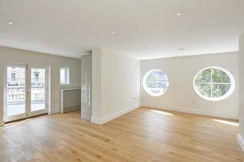 2 bedroom flat for sale - Apartment 1, The Picture House Apartments, 44 Whiteladies Road, Bristol, BS8