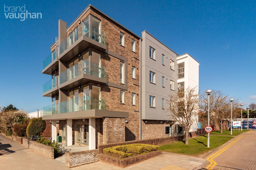 2 Bedrooms Flat for sale in Portland Road , Hove, BN3
