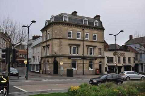 2 bedroom apartment to rent - The Square, Barnstaple