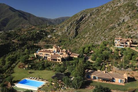 13 bedroom villa  - Marbella, Malaga