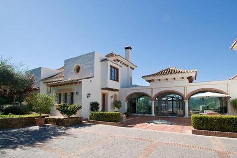 8 bedroom villa  - Benahavis, Malaga