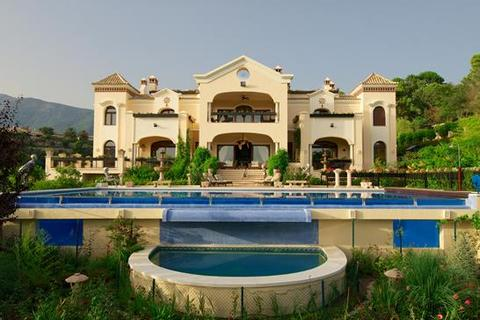 12 bedroom villa - La Zagaleta, Benahavis, Malaga
