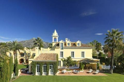 8 bedroom villa  - Marbella, Malaga