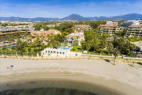 9 bedroom villa  - Marbella, Malaga
