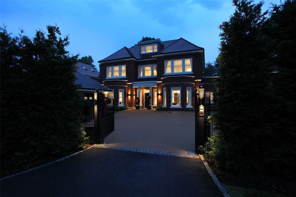 6 Bedrooms Detached House for sale in Imperial Row, Ascot, Berkshire, SL5