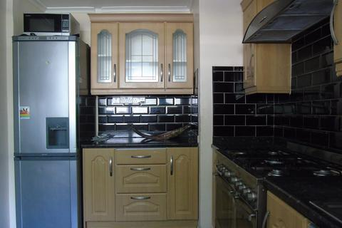 3 bedroom maisonette to rent - Stanswood Gardens, Camberwell SE5