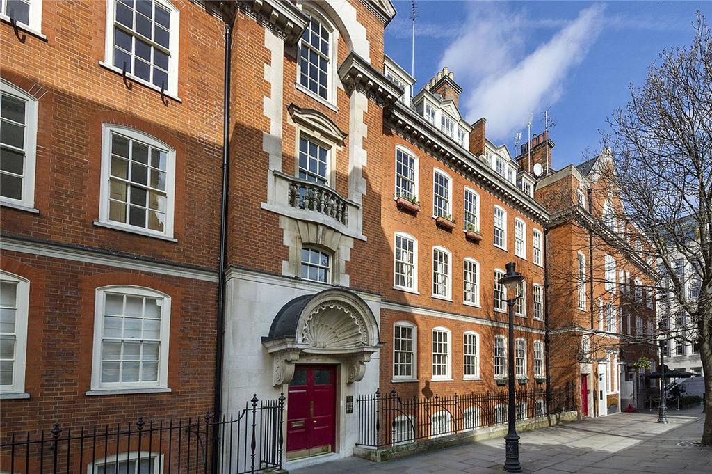 2 Bedrooms Flat for sale in Broad Court, Covent Garden, London, WC2B