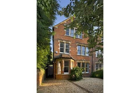 6 bedroom semi-detached house for sale - Frenchay Road, Oxford, Oxfordshire, OX2