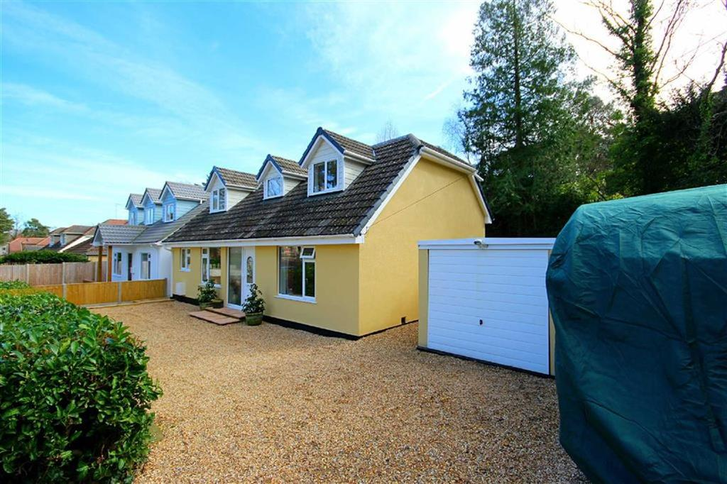 5 Bedrooms Detached Bungalow for sale in Beaufoys Avenue, Ferndown, Dorset