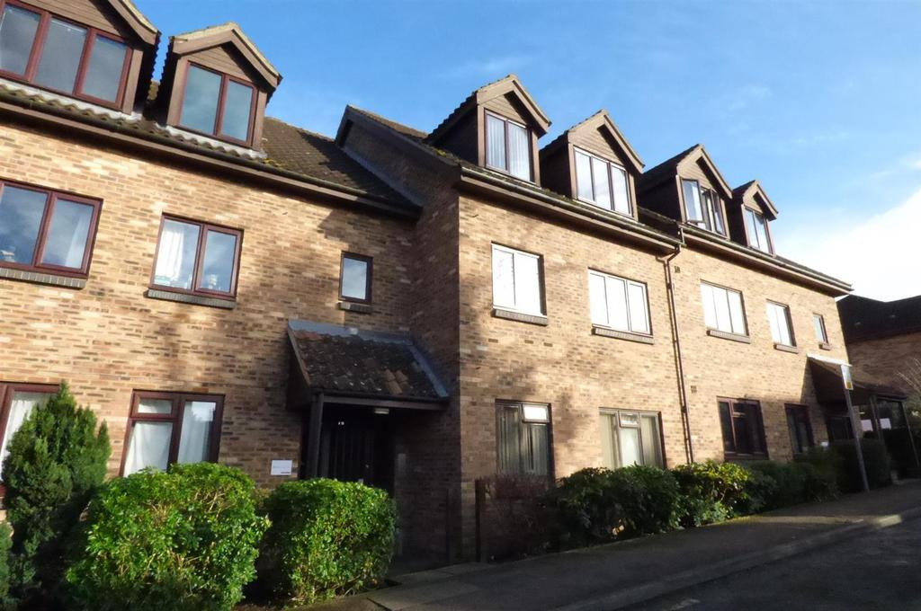 2 Bedrooms Flat for sale in Leamon Court, Brandon