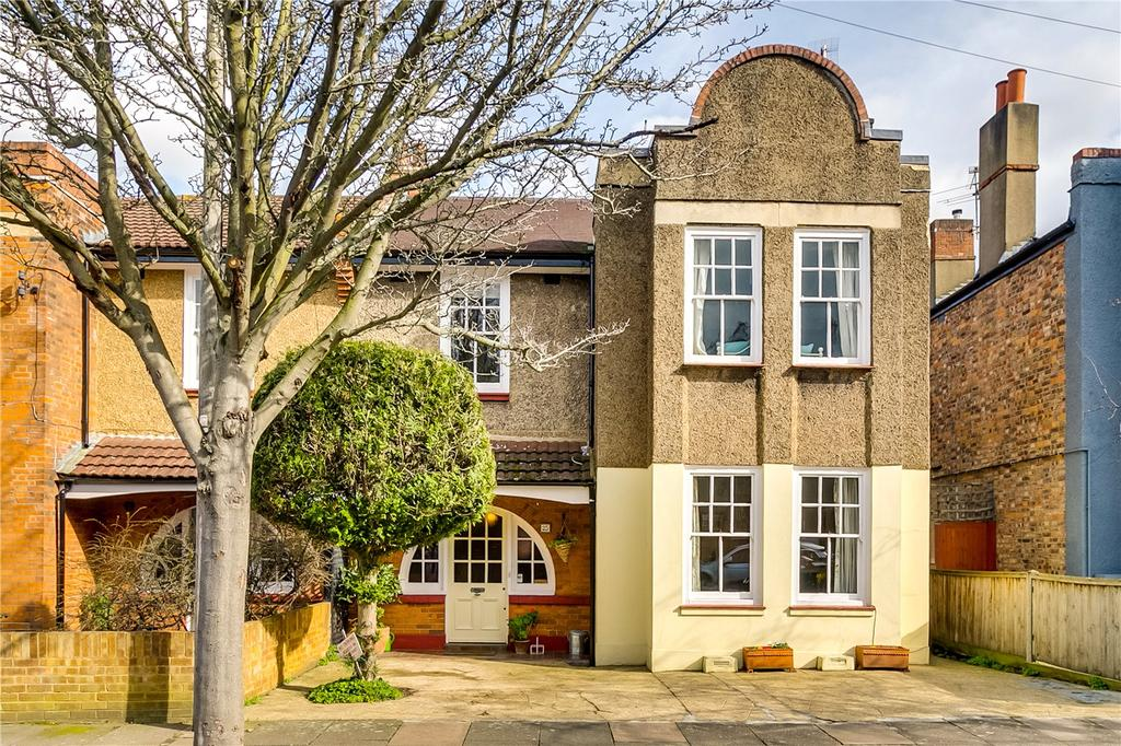 4 Bedrooms Semi Detached House for sale in Leinster Avenue, East Sheen, London