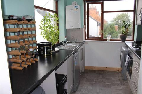 4 bedroom terraced house to rent - North Street, Swindon
