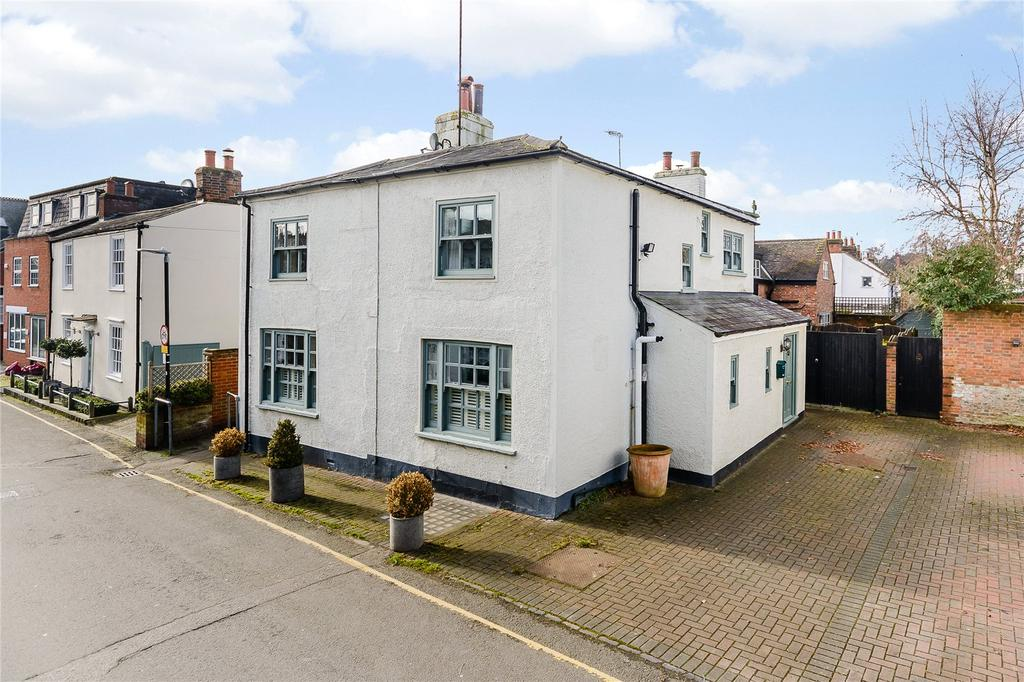 4 Bedrooms House for sale in Mill Lane, Welwyn, Hertfordshire