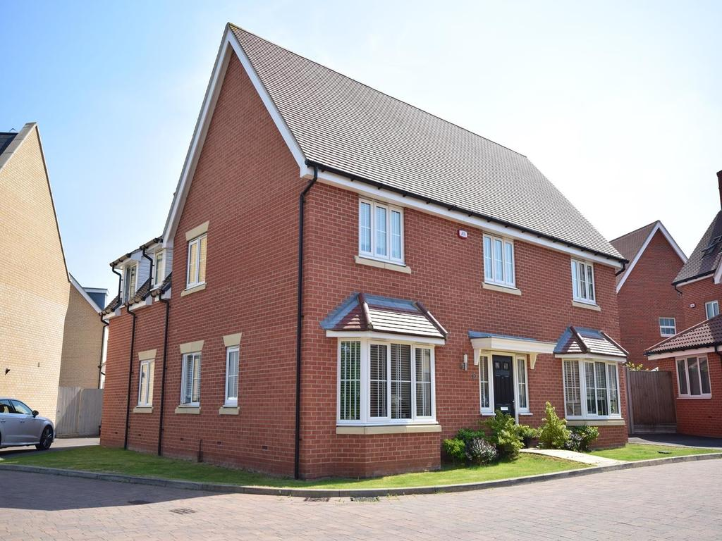 5 Bedrooms Detached House for sale in Hampton Road, Little Canfield, Dunmow, Essex, CM6