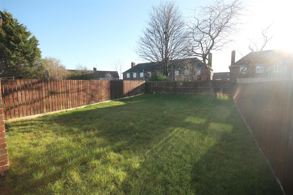 2 Bedrooms Semi Detached House for sale in Highmead Walk, Middlesbrough