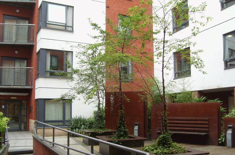2 Bedrooms Apartment Flat for sale in THE CITADEL 15 Ludgate Hill, Manchester