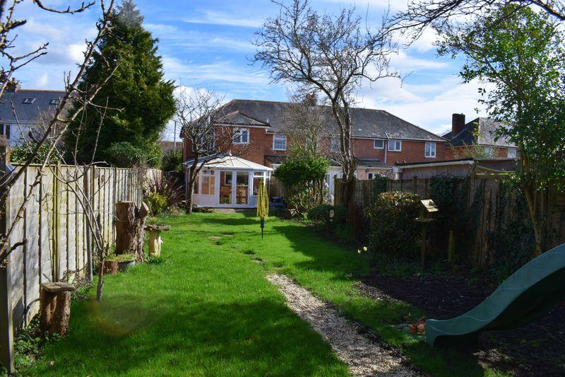 3 Bedrooms Terraced House for sale in Hampton Lane, Southampton