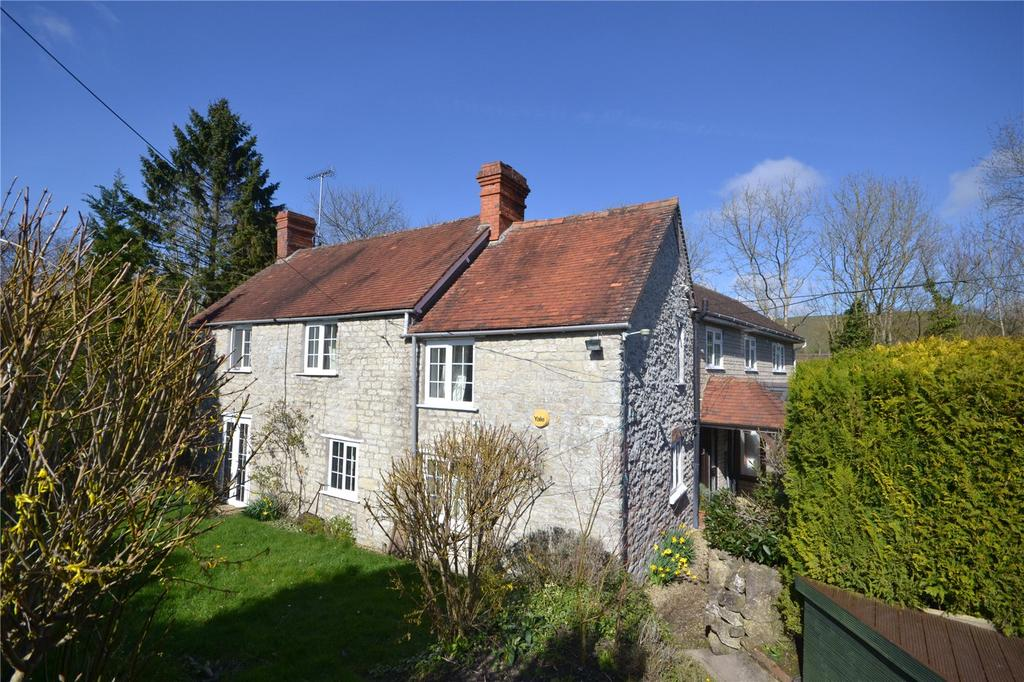 4 Bedrooms Detached House for sale in Wellhead, Mere, Warminster, Wiltshire, BA12