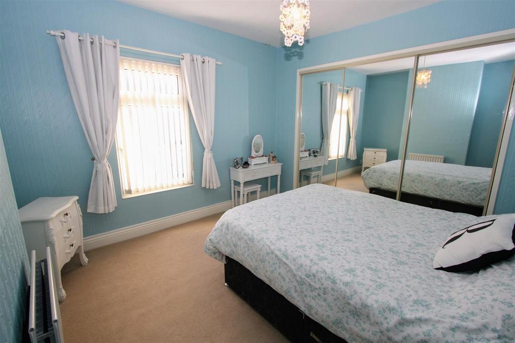 2 Bedrooms Terraced House for sale in Mowden Terrace, Darlington