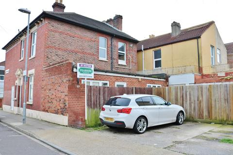 2 bedroom ground floor flat for sale - Angerstein Road, Portsmouth