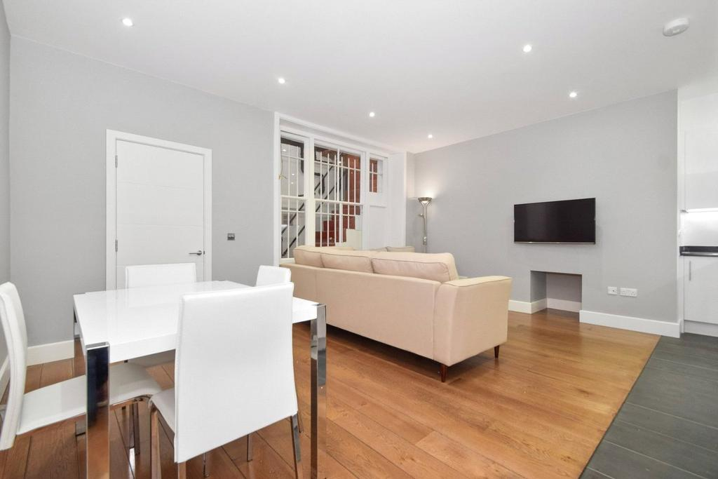 2 Bedrooms Flat for sale in Clanricarde Gardens, Notting Hill, London