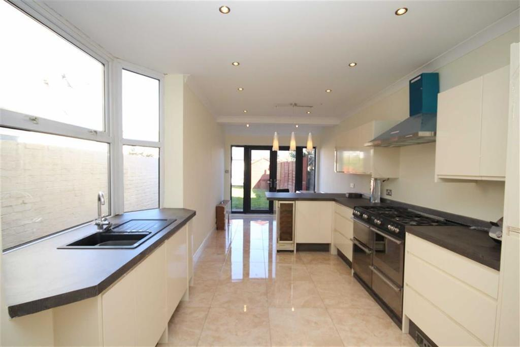 3 Bedrooms Terraced House for sale in Heol Don, Whitchurch, Cardiff