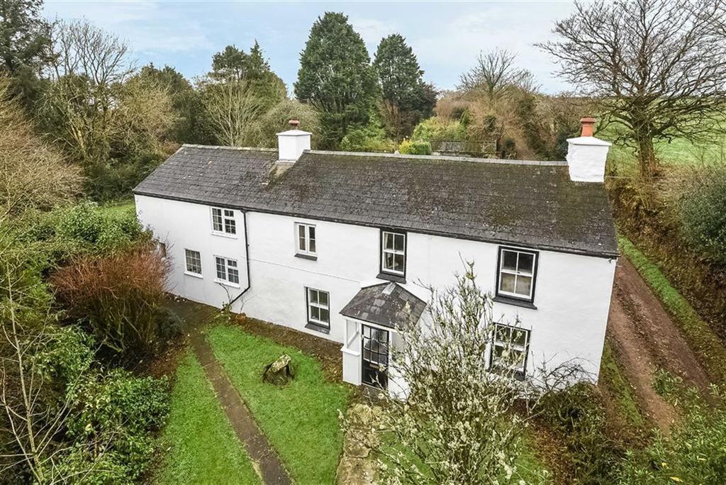 4 Bedrooms Detached House for sale in Goodmans Lane, Pensilva, Liskeard, Cornwall, PL14