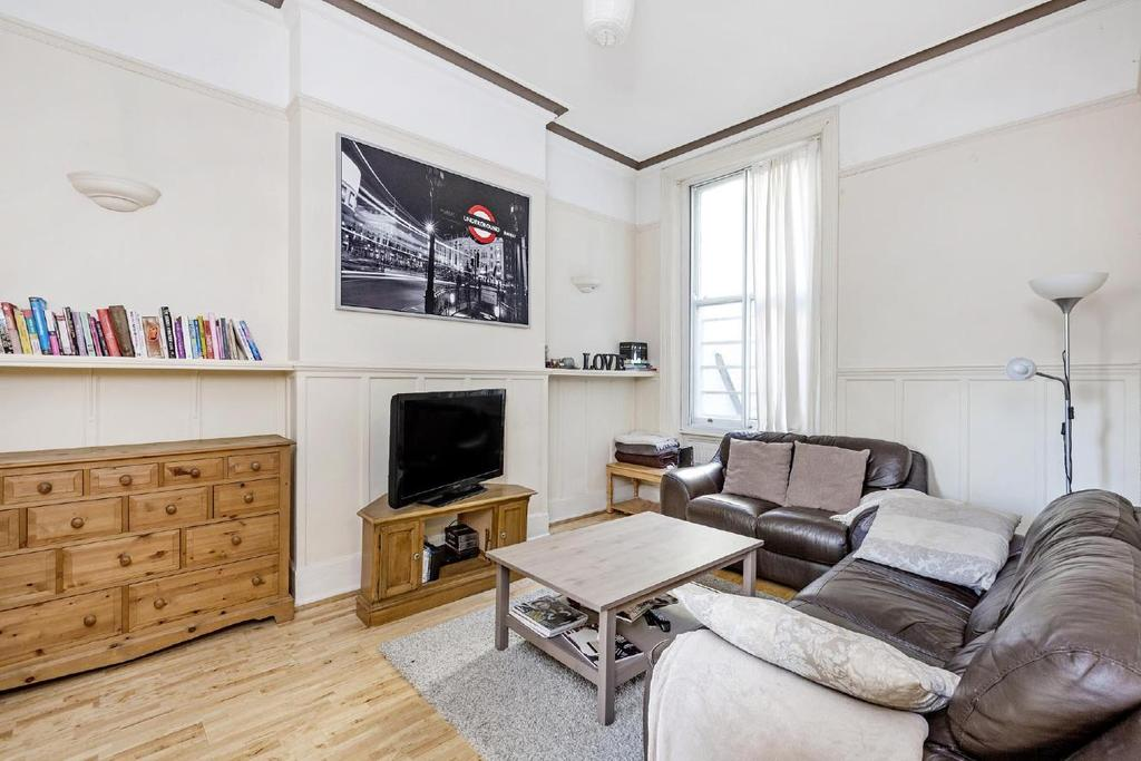 3 Bedrooms Flat for sale in Earls Court Road, Earl's Court, SW5