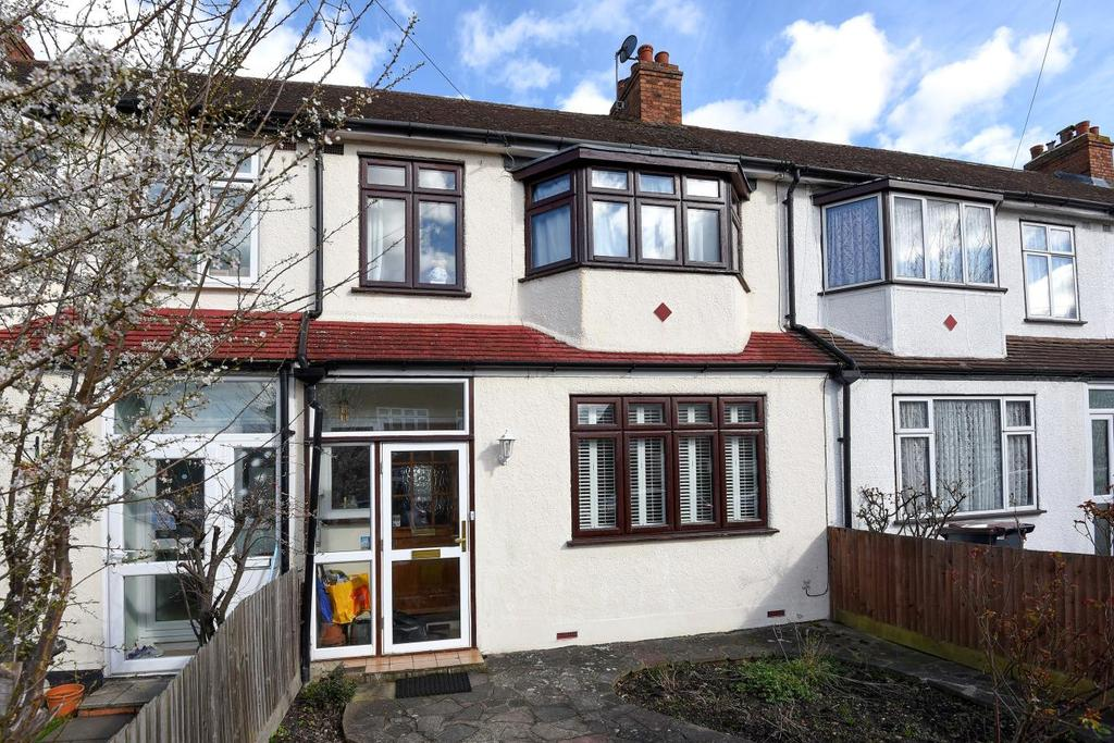 3 Bedrooms Terraced House for sale in Princes Plain, Bromley, BR2