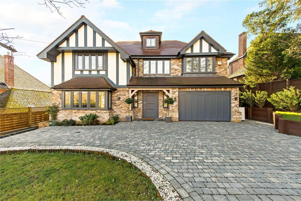 6 Bedrooms Detached House for sale in Copse Wood Way, Northwood, Middlesex, HA6