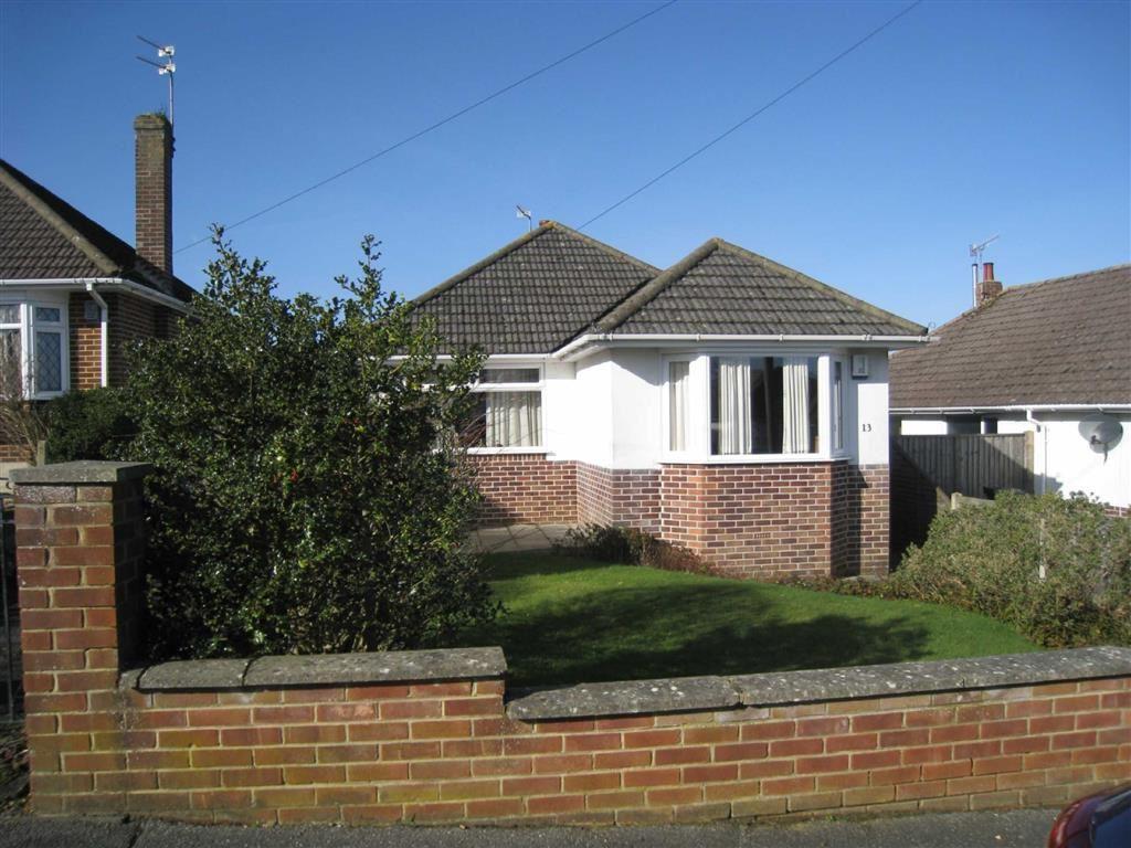 2 Bedrooms Detached Bungalow for sale in Derwentwater Road, Wimborne, Dorset