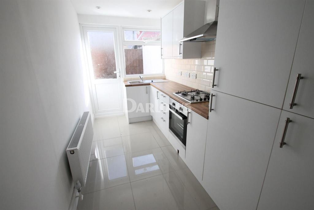 2 Bedrooms Maisonette Flat for sale in Holmesdale Street, Grangetown
