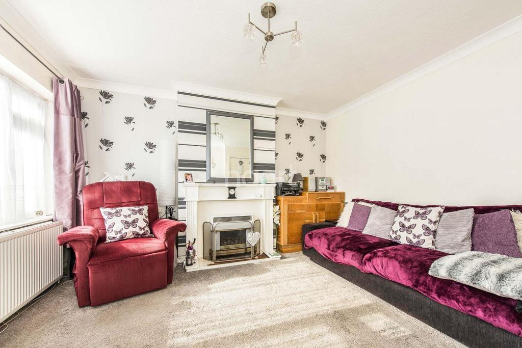 2 Bedrooms Flat for sale in Daleham Drive