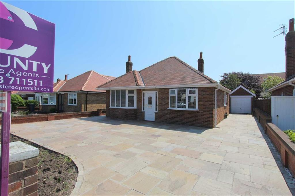 2 Bedrooms Detached Bungalow for sale in St. Thomas Road, Lytham St Annes, Lancashire